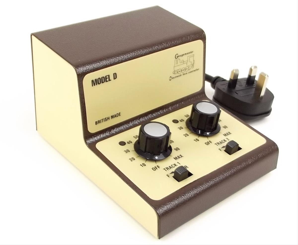 Twin Track Cased Controller
