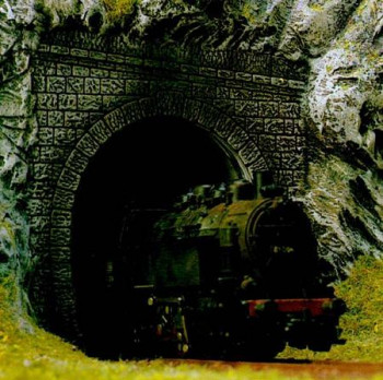 Single Track Tunnel Portals for Steam (2)