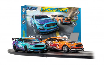 *Scalextric Drift 360 Race Set