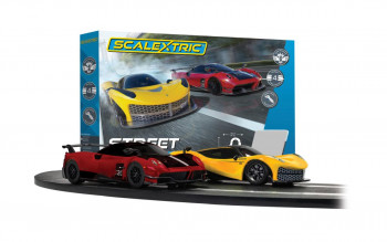*Scalextric Street Cruisers Race Set