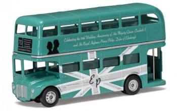 HM QE2 70th Anniversary Commemorative Classic Routemaster