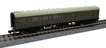Maunsell SR Brake 3rd Class Coach Lined Green 3215