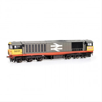 Class 58 011 BR Railfreight Red Stripe Weathered