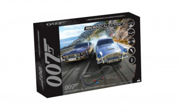*James Bond OO7 Aston Martin Battery Powered Race Set