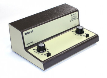 European Twin Track Cased Controller for O Scale