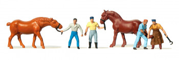 Blacksmiths (4) & Horses (2) Figure Set