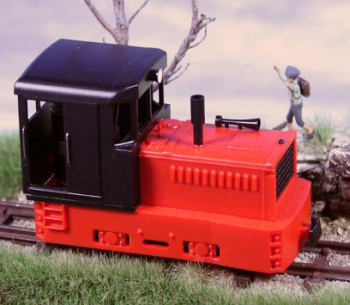 Plymouth Diesel Loco Black Cab/Red Chassis & Hood