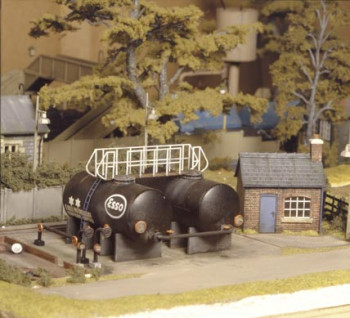 Oil Depot with Twin Tanks and Hut Kit