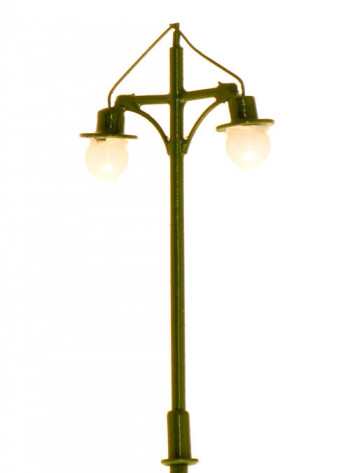 Brighton Style Street 9v Lamps (4)