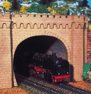 Mosetal Double Track Tunnel Portal (2)