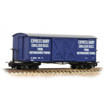 Bogie Covered Goods Wagon Express Dairy Company Blue