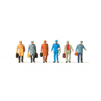 Male Passengers (6) with Luggage Figure Set